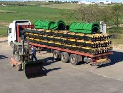 Camión para la carga de encofrados