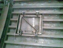 Detalle ventana de hormigonado encofrado para tunel